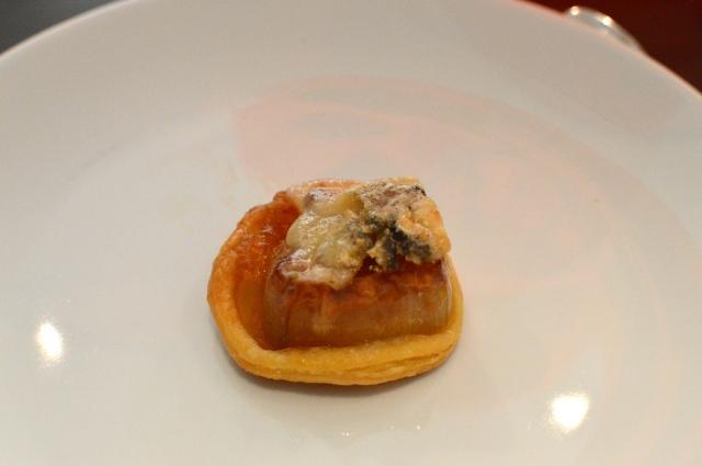 Caramelised shallot tart tatin with mordon blue cheese