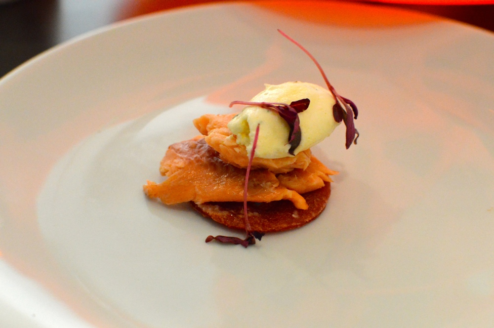 Smoked trout, horseradish cream & beetroot blini
