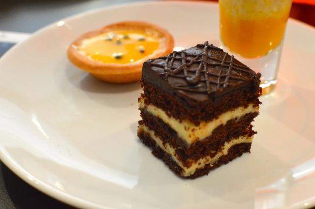 Chocolate & Earl Grey cake
