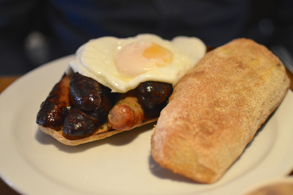 Breakfast sarnie